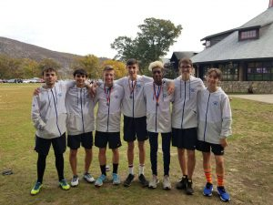 the top 7 monticello runners pose
